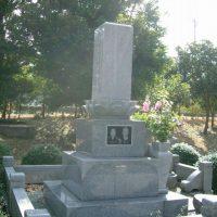 遺影彫刻墓石
